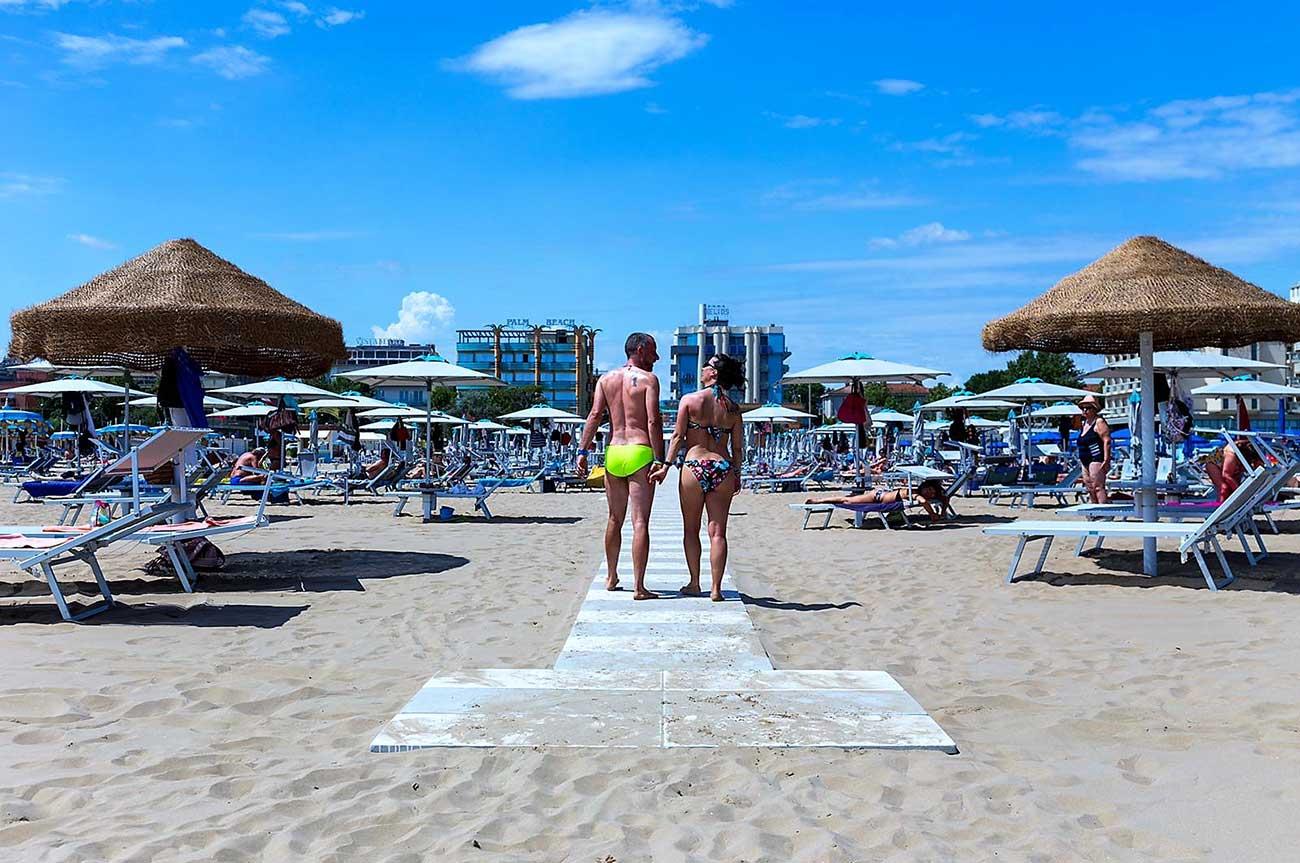 spiaggia-rimini-hotel-belmar-rivazzurra-1
